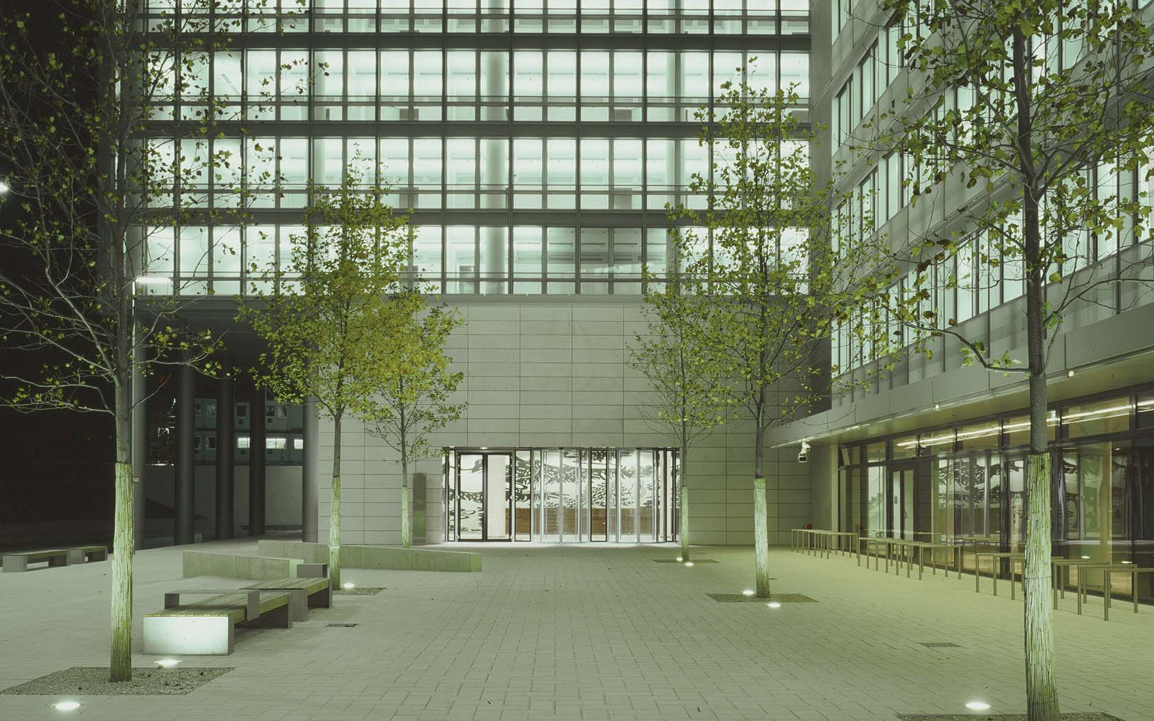 Bürogebäude am Münchner Tor 02