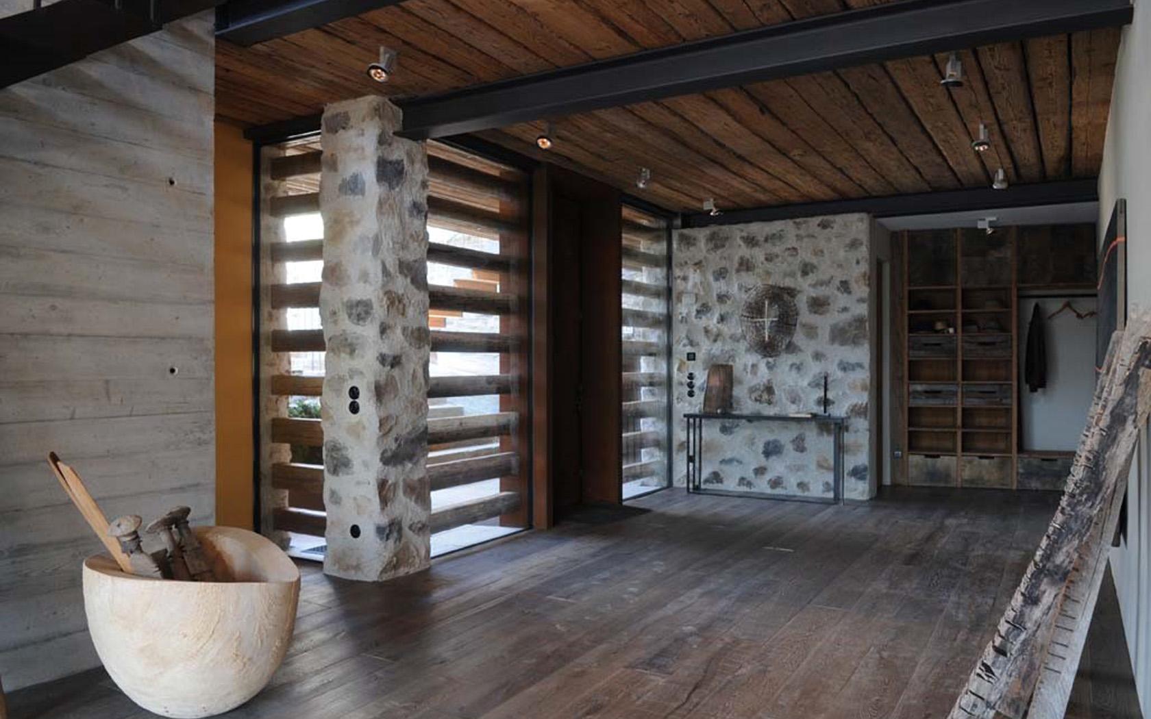 Wohnhaus in den Alpen 07