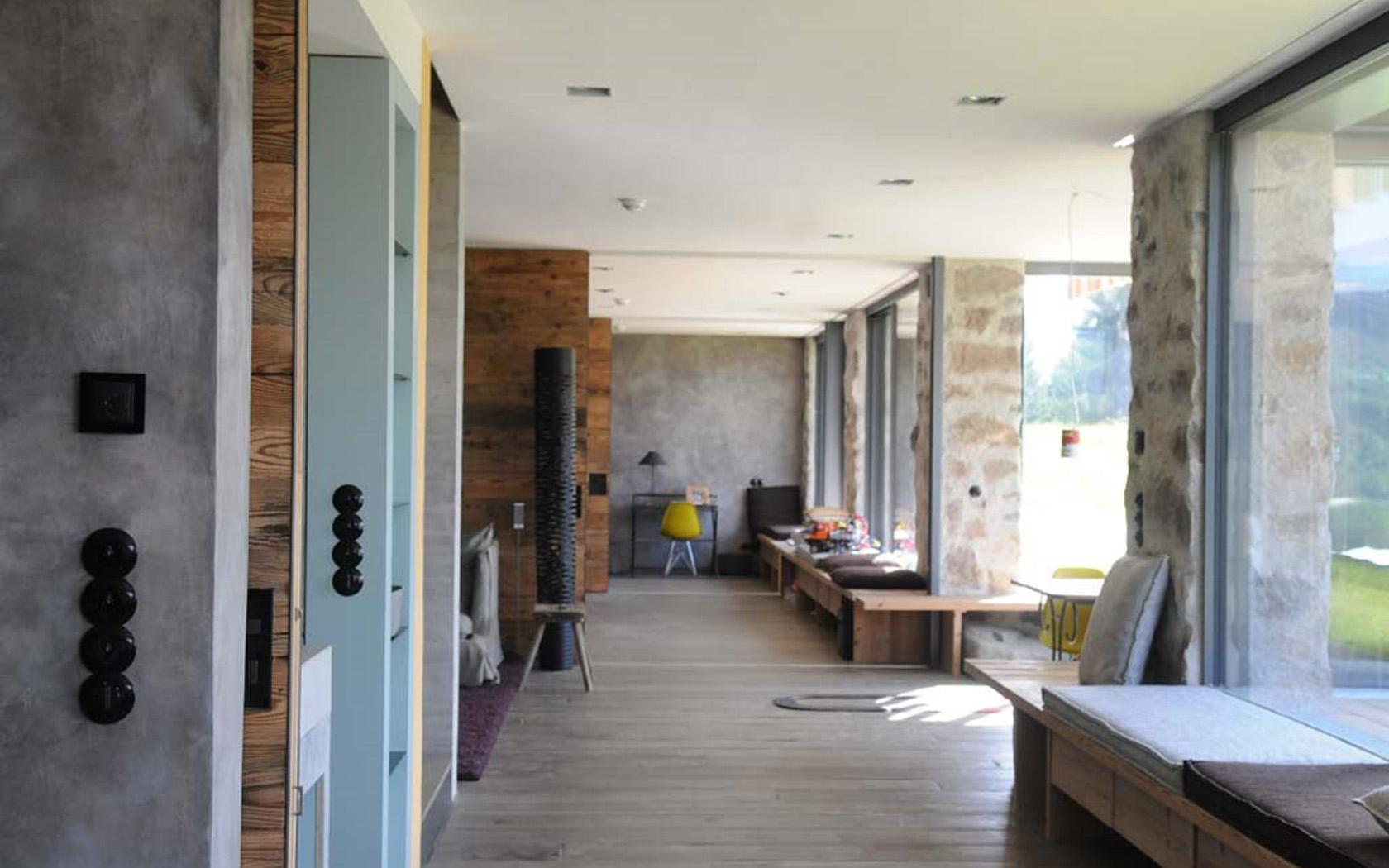Wohnhaus in den Alpen 08